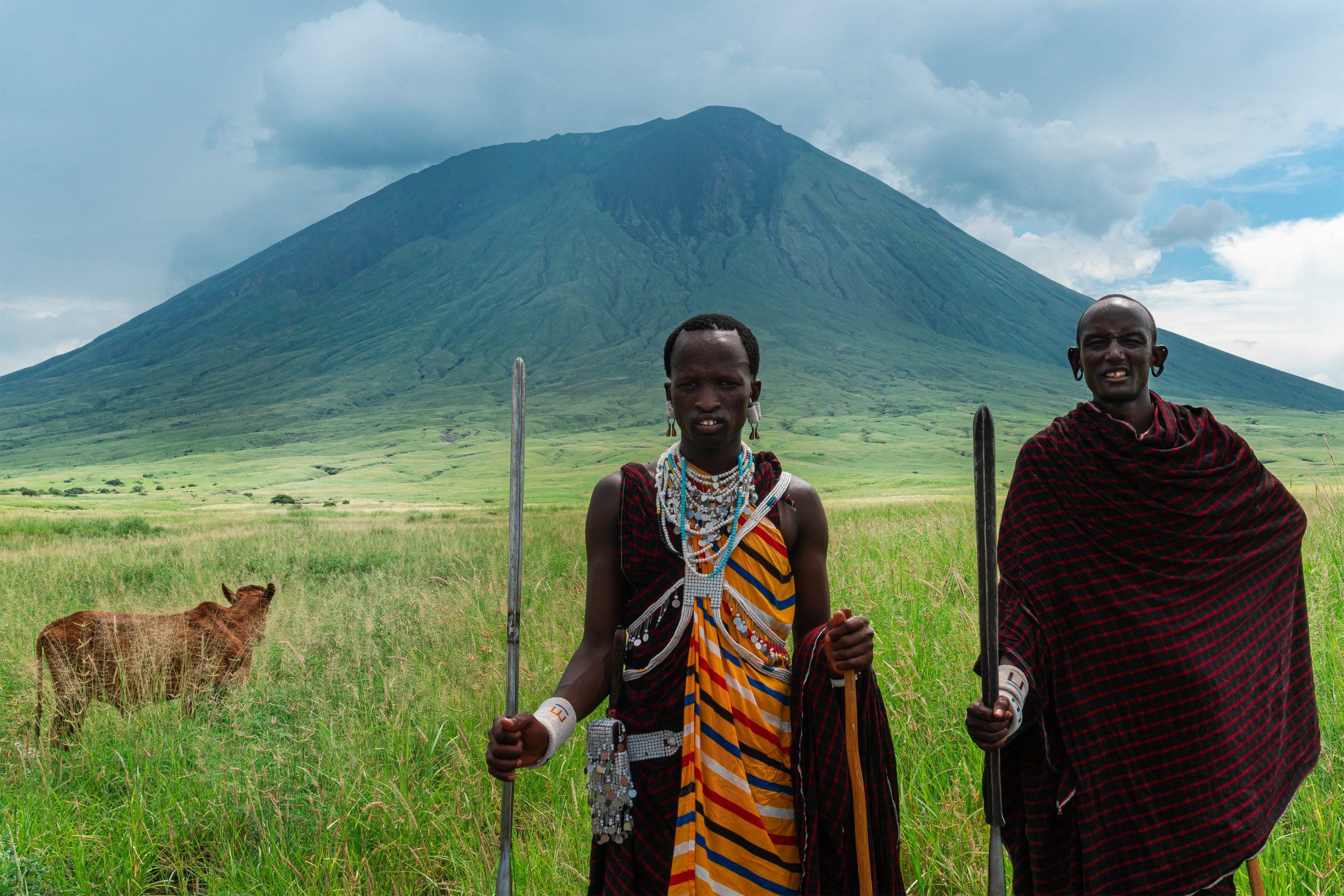 שני אפריקאים מקומיים בטנזניהאפריקה